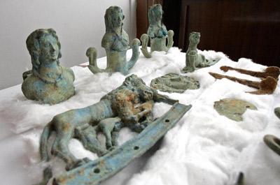 Artifact Table